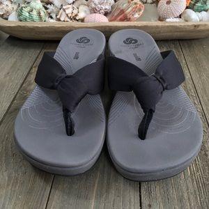 Clarks Arlan Glison Black Comfort Flip Flops